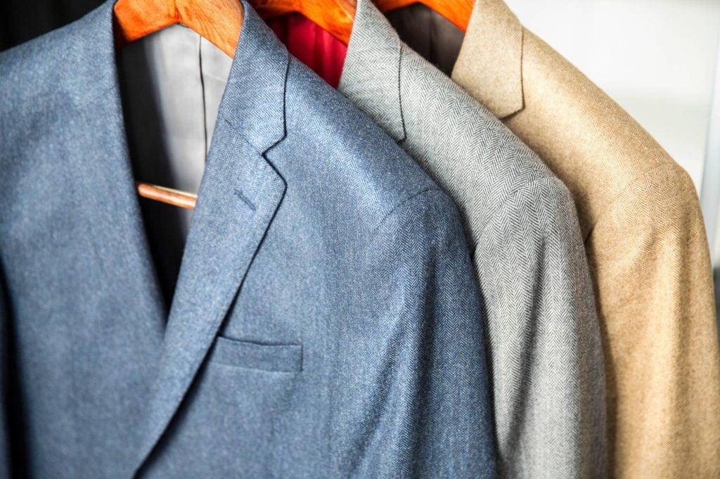 costume de marié colorés