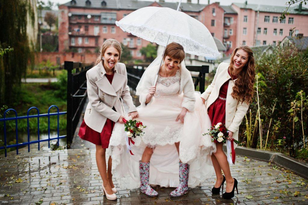 prendre des bottes pour son mariage pluvieu