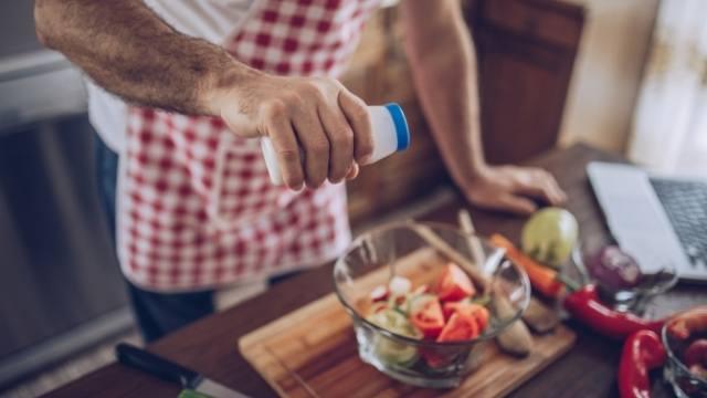 preparer un repas entre amoureux