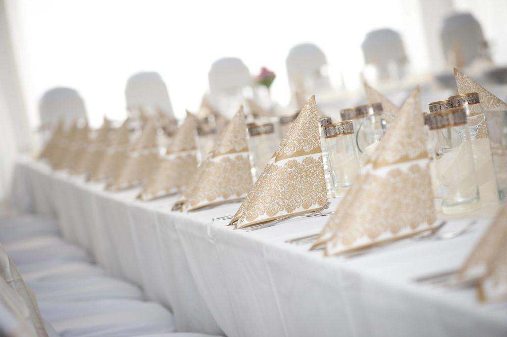 decoration monochrome blanc pour mariage elegant