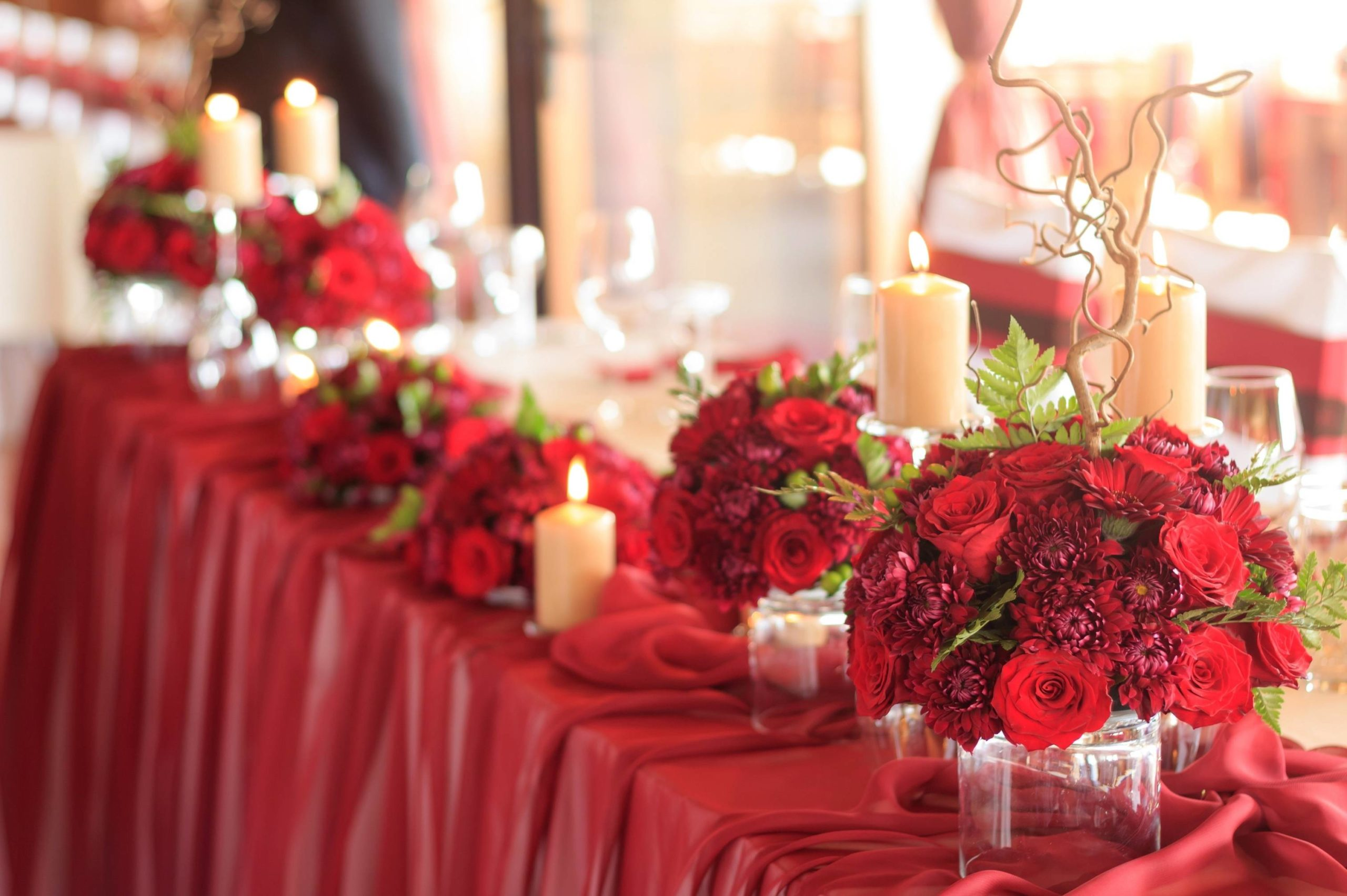 decoration de table de mariage couleur rouge