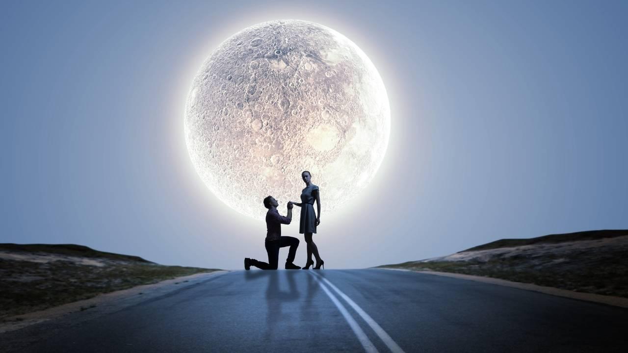 Faire sa demande en mariage sous la lune