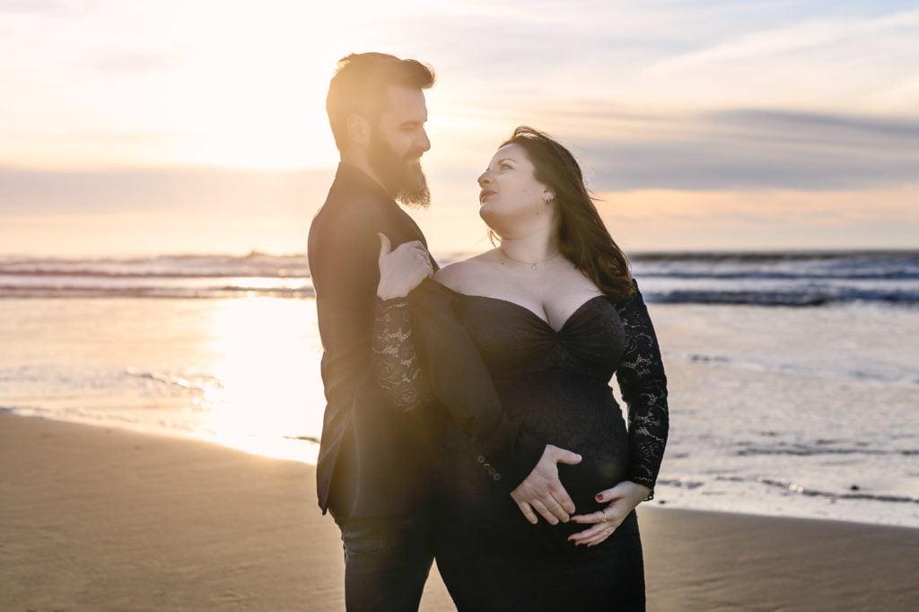 photo de couple en exterieur plage aquitaine